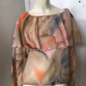 Vintage 🧡 Beautiful Blouse with Amazing Blouse